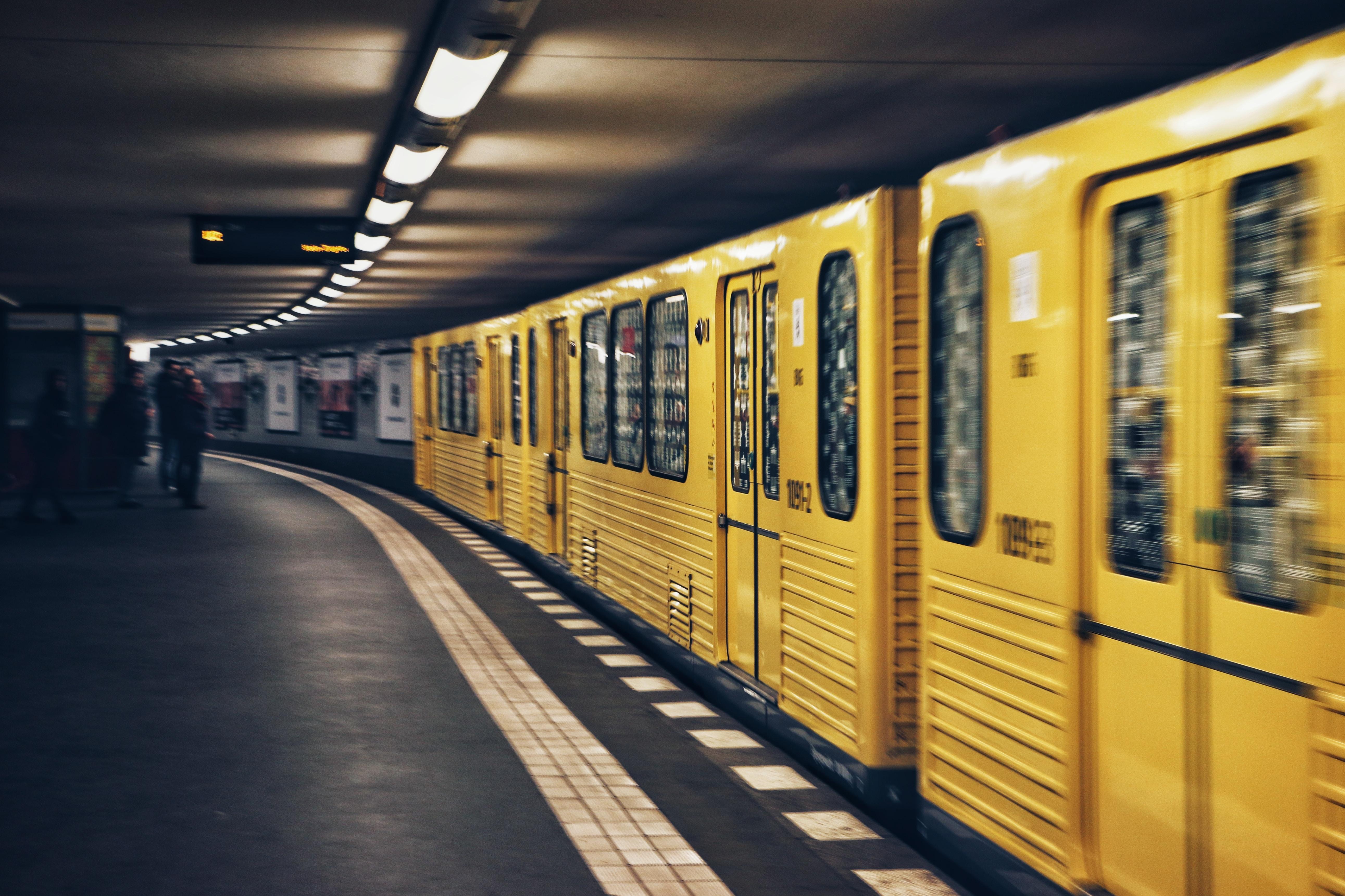 HERO BERLIN TRAIN.jpg